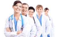 medicos atendendo